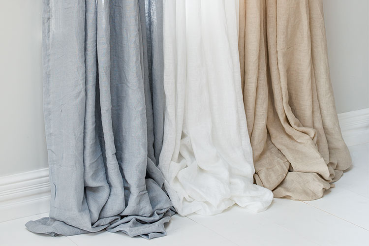 What to look out for when buying curtains online: Hampton Linen Curtain Set