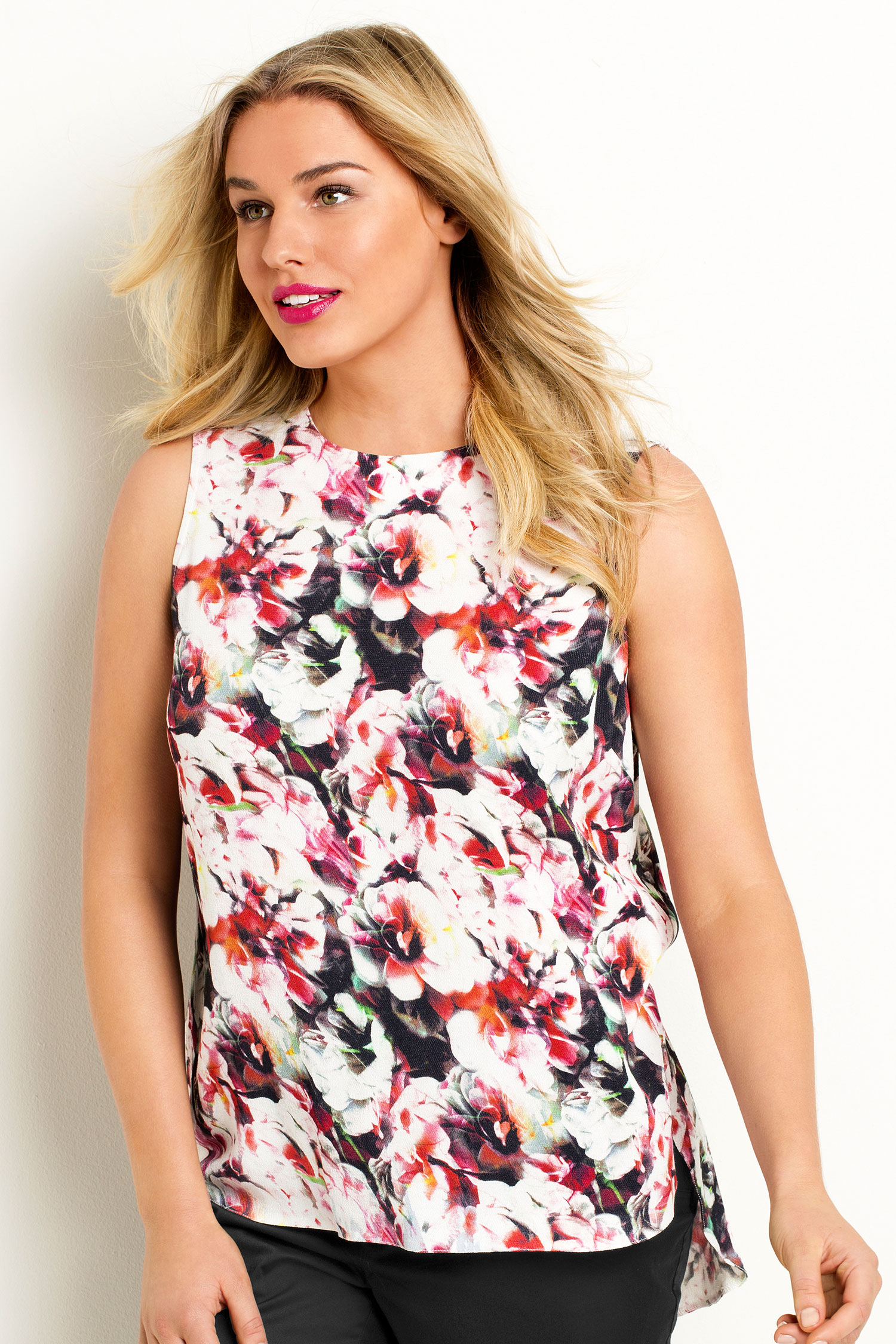 Emerge Woman The Shell Top Style Number: 143035