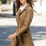 Pair a beige trench coat with denim jeans. Style 149994