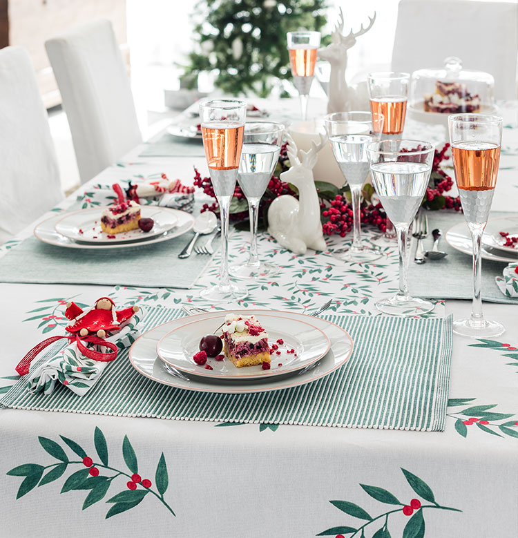 Festive Table Decorations