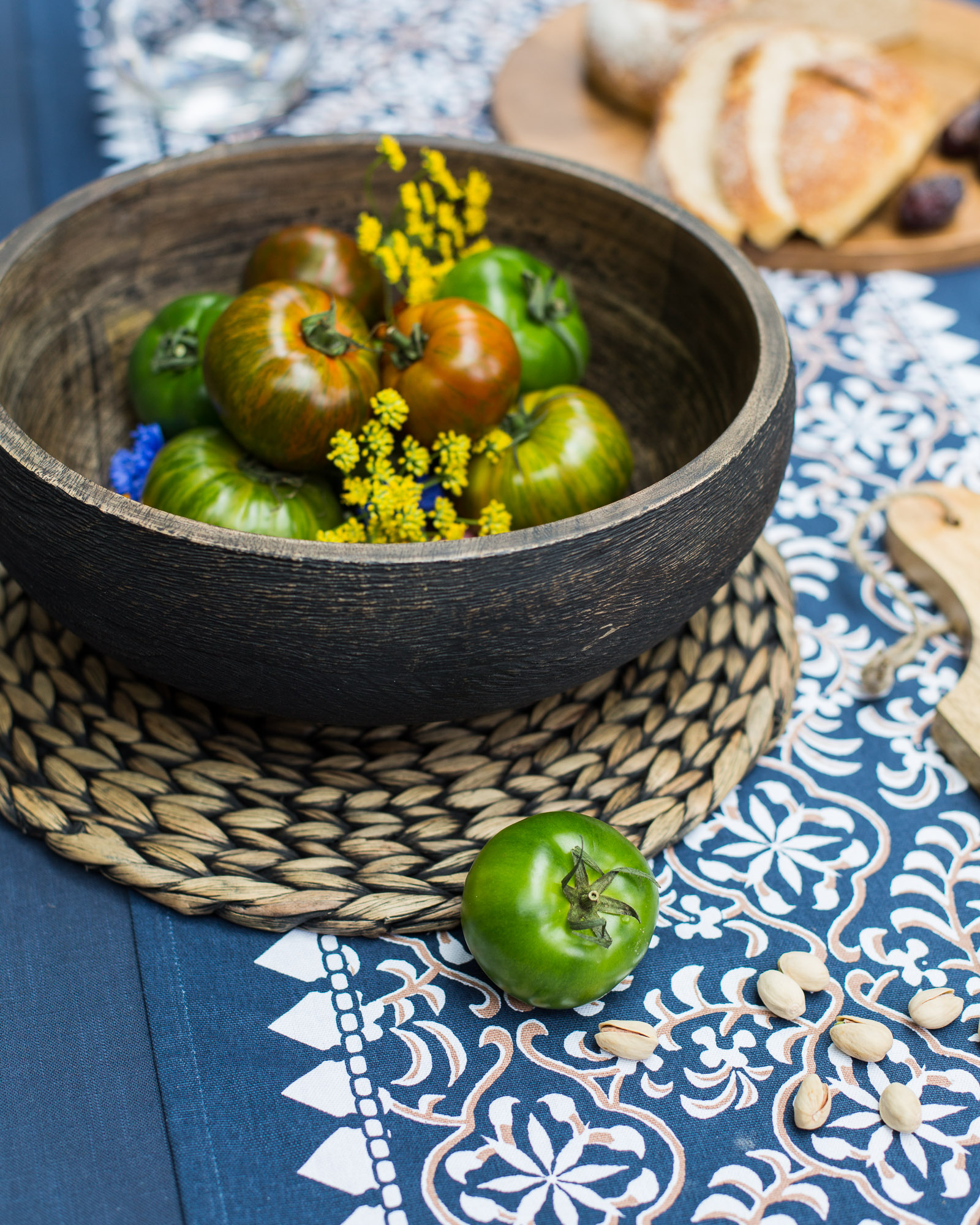 Dress your table with trans-seasonal linens that allow for effortless mixing and matching, have a timeless yet rustic feel and a simple wash and wear element. Shop: serving bowl, placemat and tablecloth.