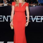 Kate Winslet rocking the colour