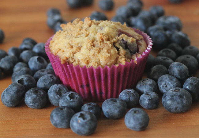 blueberry-crumble-muffin-1