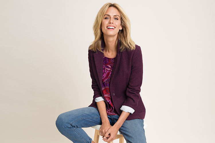 This Capture Blazer is a collared design that features a single button fastening, front patch pockets and button fastened cuffs. Flatteringly tailored for a smooth, classic fit.
