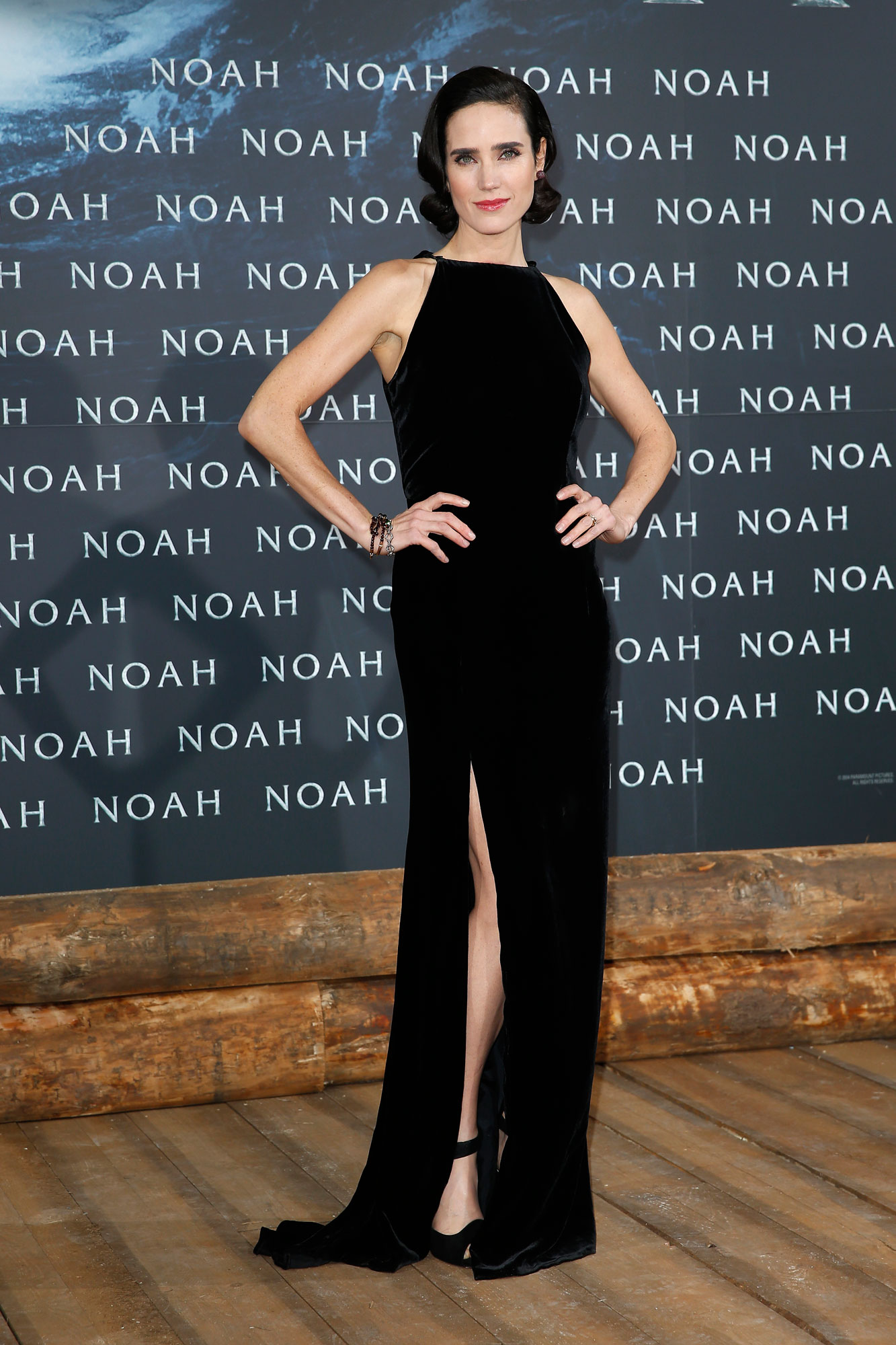 Love the look 1: Jennifer Connelly at the premiere of Noah